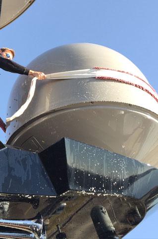 Bruns Yachtausstattung Exterior Domreiniger Dome washer 2